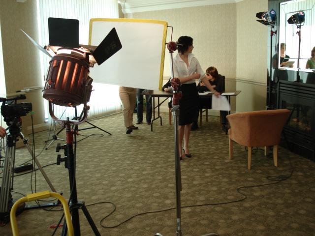Seeking Simone behind the scenes 080